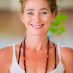 Portret van yogadocente